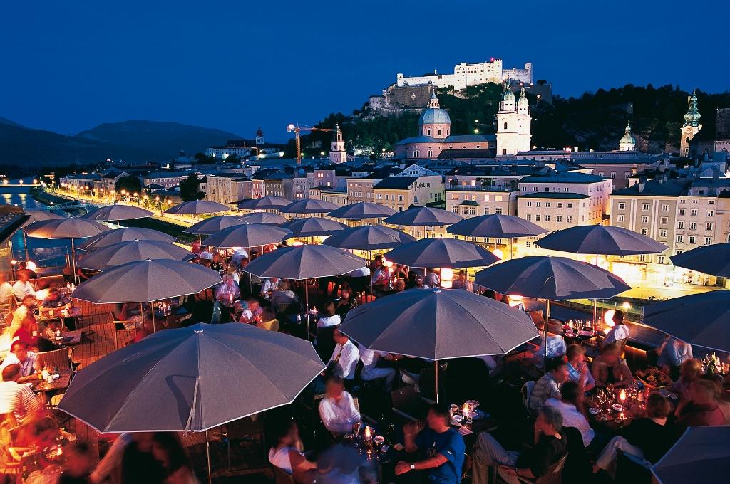 Salzburg Festival bei Nacht