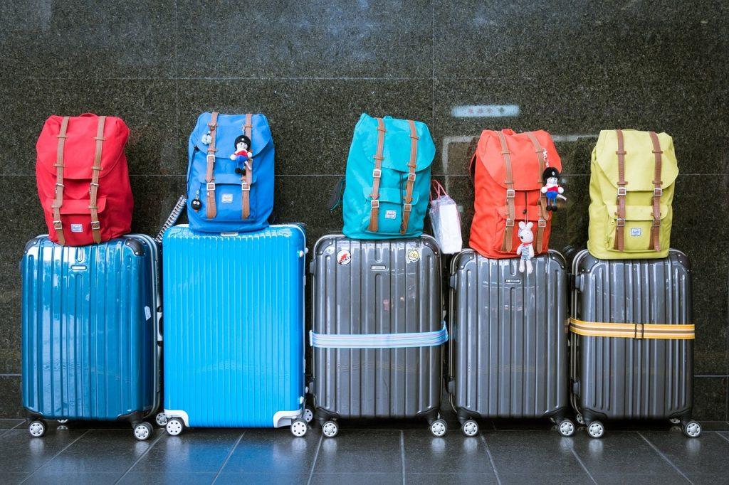 Reisen mit Koffern und Reise-Gepäck