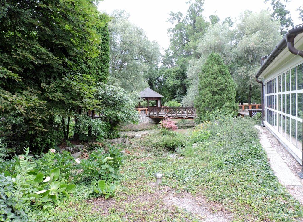 Parkanlage_Schloss_Szedonia,