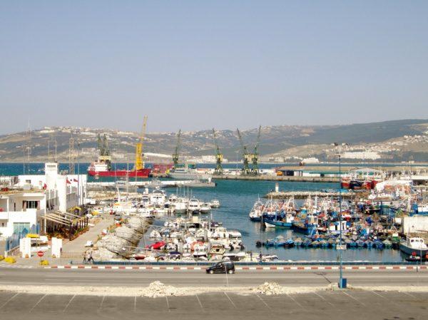 Blick auf Hafen in Marokko