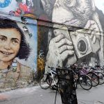 Street Art Berlin mit Frauenbild