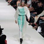 Model auf Laufsteg der Vienna Fashion Week