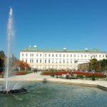 Schloss Mirabell mit Springbrunnen_Salzburg