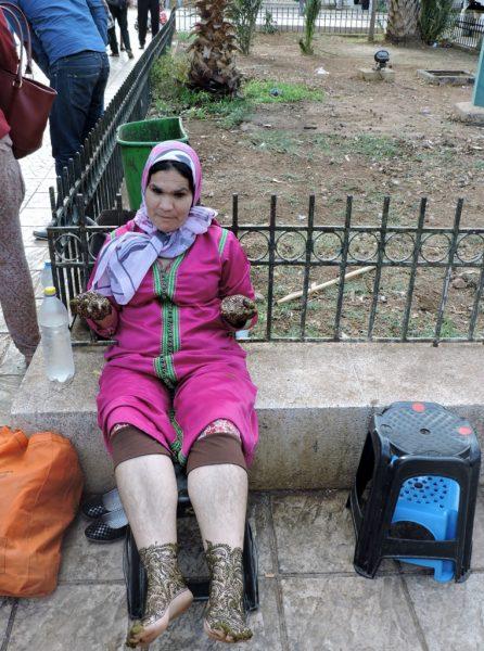 marokkanische Frau sitzend