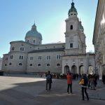Residenzplatz mit Dom_Salzburg