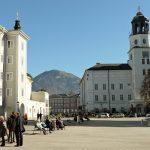Residenzplatz u. Salzburg Museum
