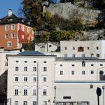 Altstadt von Salzburg mit Kapuzinerberg