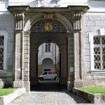 Dreifaltigkeitskirche in_Salzburg, Eingang