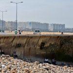 am Meeres-Kai sitzend_Hafen_Casablanca