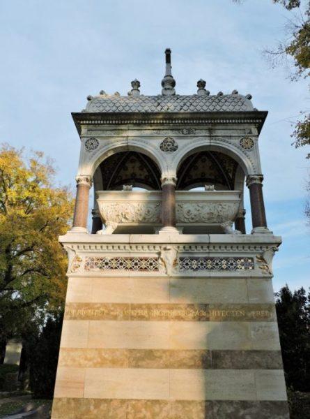 Grabmal Ritter v. Ghega am Wiener Zentralfriedhof
