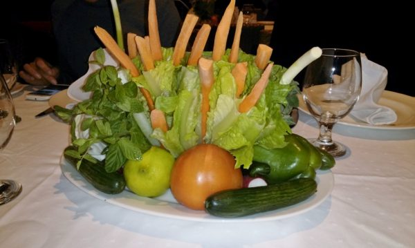Tisch-Dekoration aus Gemüse_Jordanien