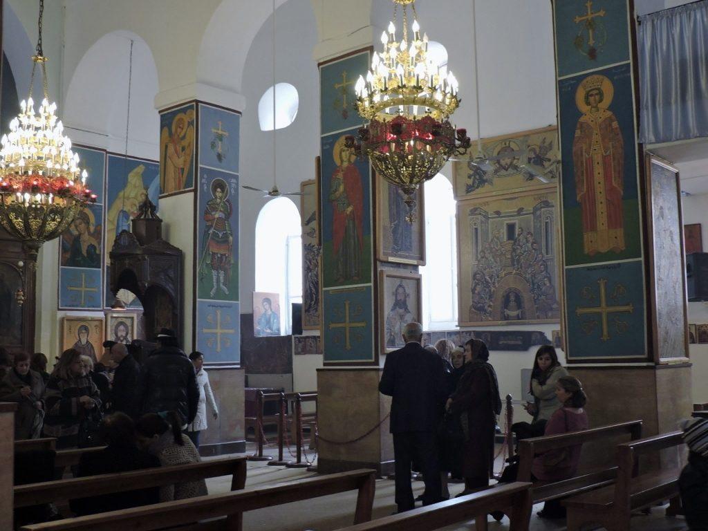Im Inneren der St. Georgskirche, in Madaba
