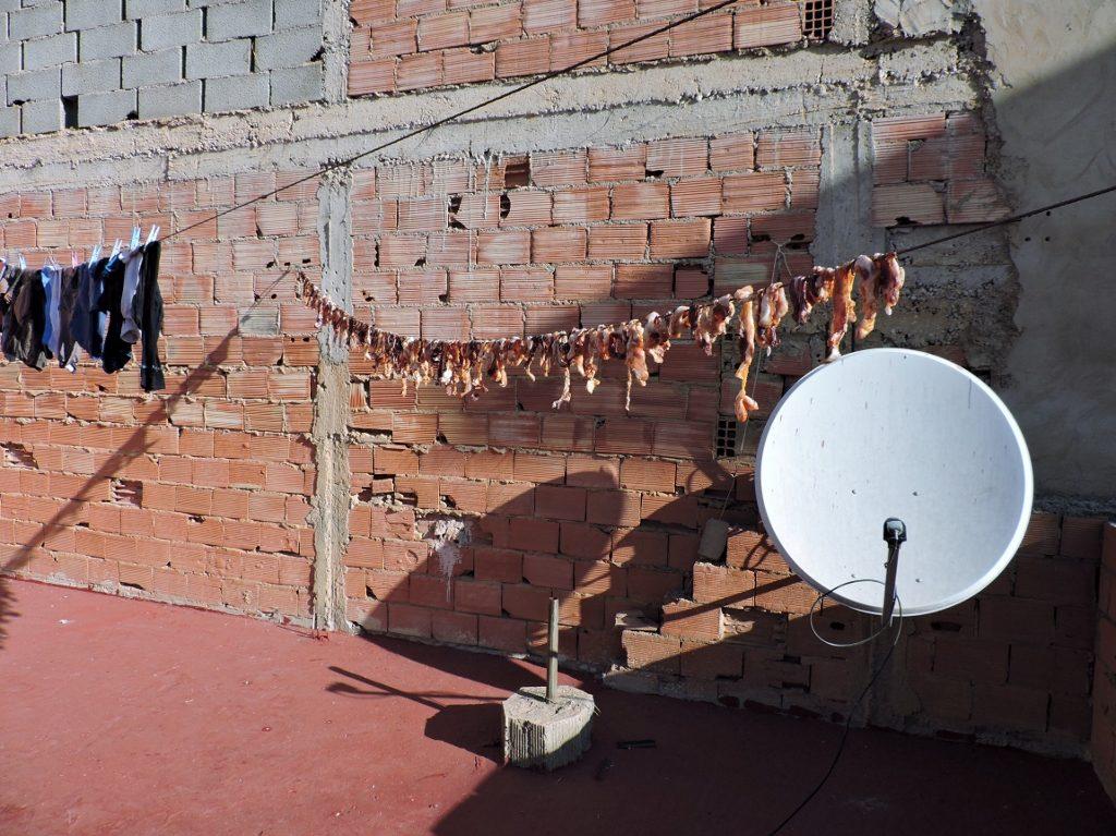 Fleisch zum Trocknen aufgehäng, Marokkot