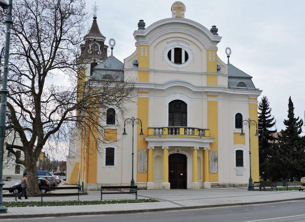 Kirche _Sarvar_Ungarn