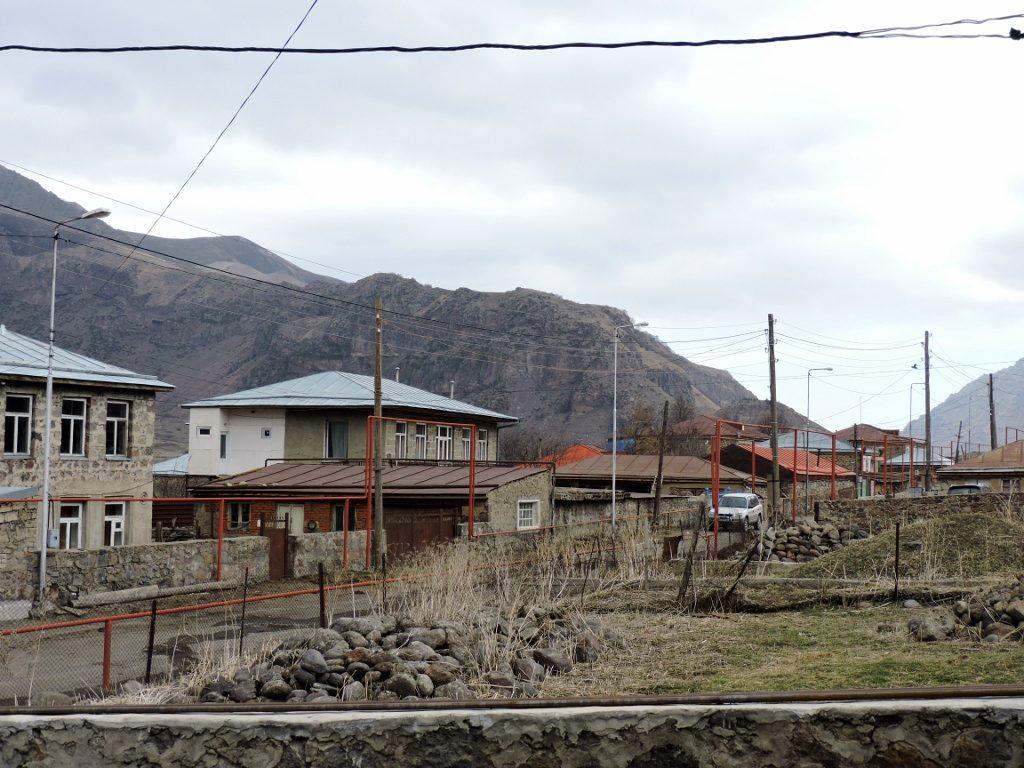 Dorf im wilden Kaukasus Georgien