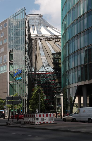 Ein Hoch auf Berlin! - Fotos vom futuristischen Hotspot Potsdamer Platz