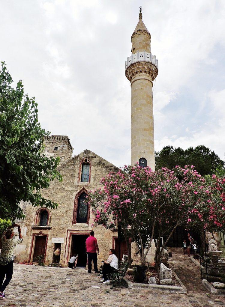 Moschee auf der Halbinsel Bodrum in der Türkei