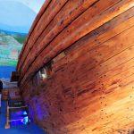 Teilansicht eines hölzernen Schiffsrumpfs_Türkei