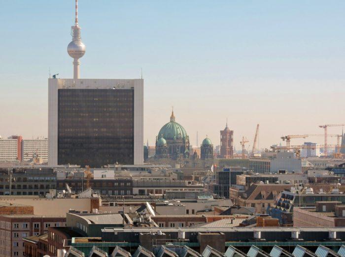 Berlin von oben aus dem Reichstagsgebäude