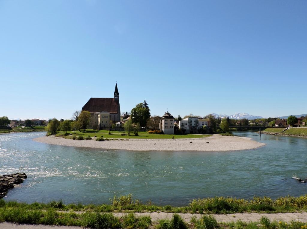 Salzach zwischen Salzburg und Bayern