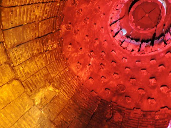 Inneres eines Hochofen ist eines der Ostrava Sehenswürdigkeiten
