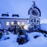 Verschneiter Friedhof im Stille Nacht-Land Salzburg