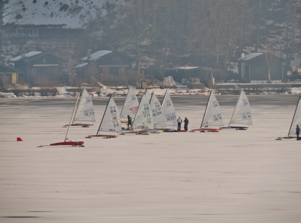 Segeln auf dem Eis_Wallersee_SalzburgerLand