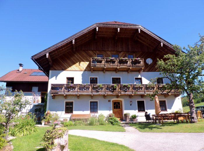 schönes Bauernhaus