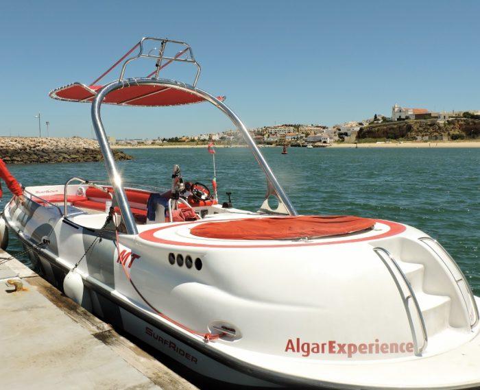 Bootsfahrt entlang der Algarve