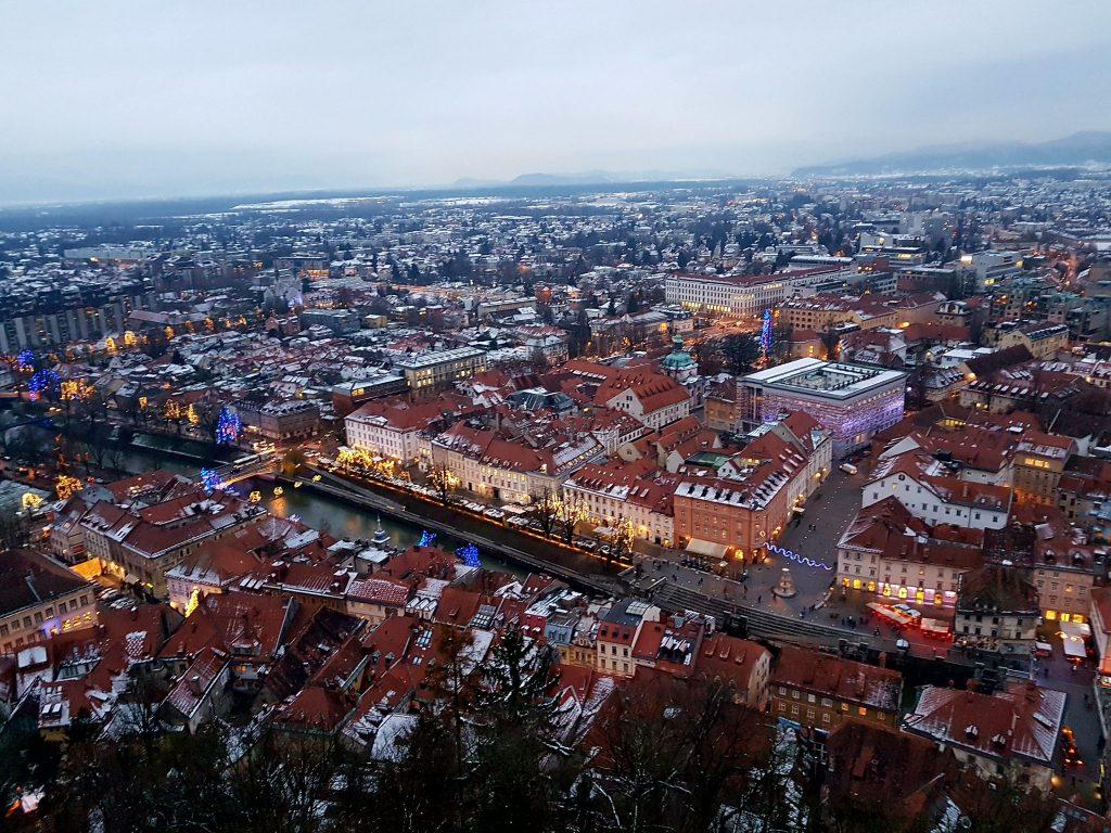 Blick von oben auf die Stadt Ljubljana