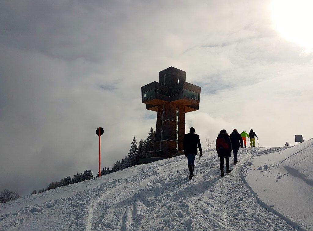 Pillerseetal Winter mit Gipfelkreuz
