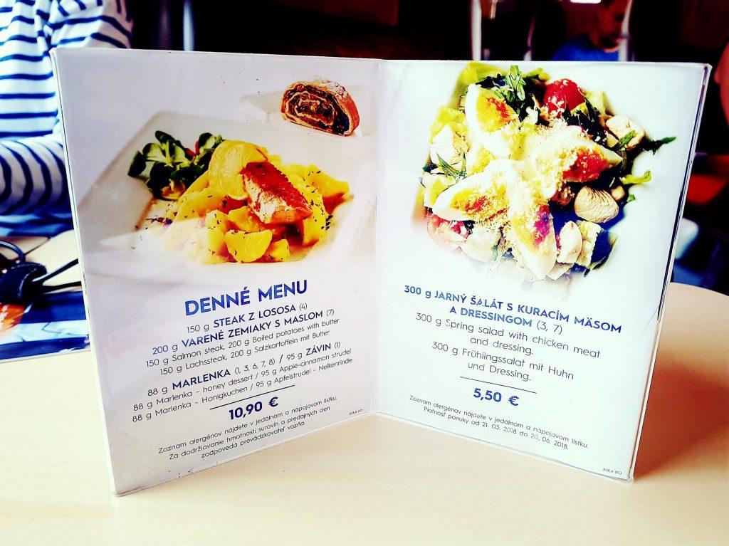 Speisekarte im Bahn Restaurant