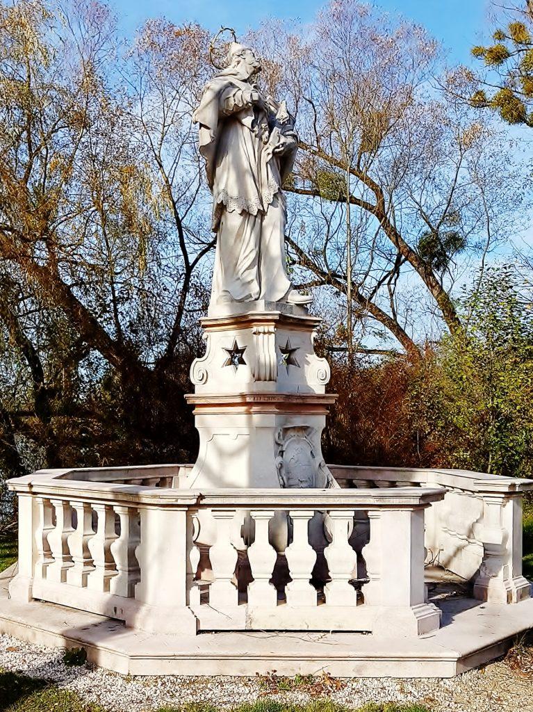 Statue des Hl. Nepomuk