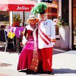 Monarchenpaar kostümiert als Kaiserin Sisi und Kaiser Franz Joseph