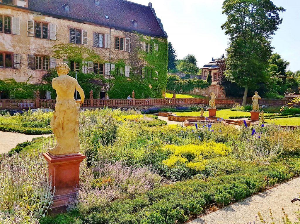 Liebliches Taubertal, bezaubernde Gartenkultur