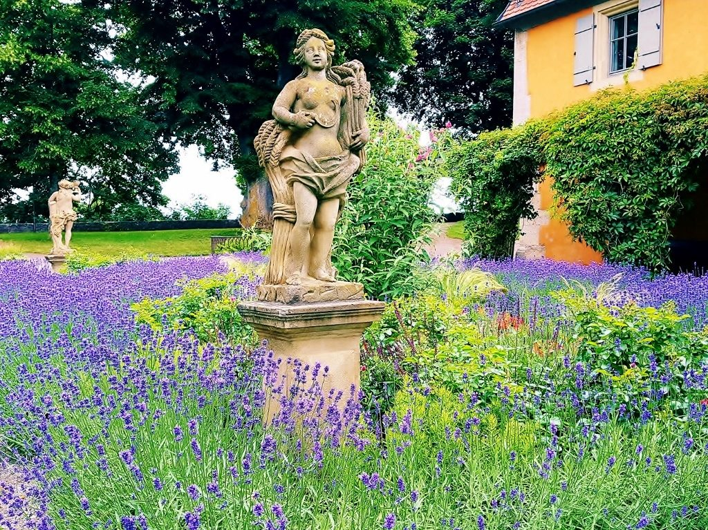 Schlossgarten im Taubertal