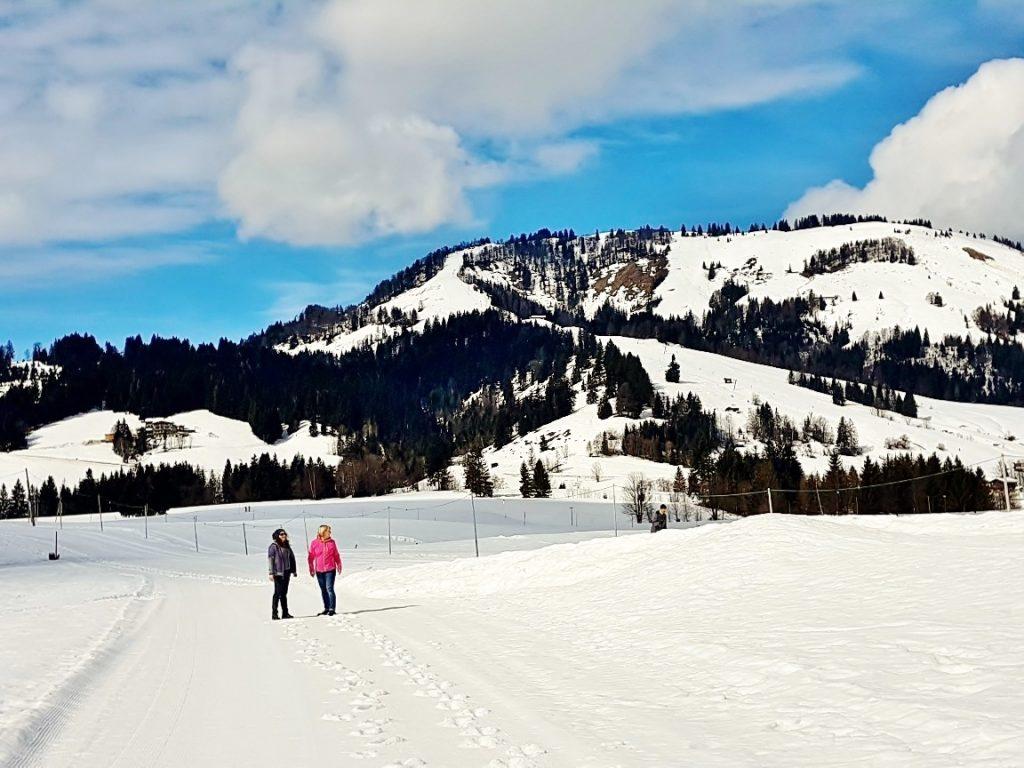 Pillerseetal Winter mit verschneiter Landschaft