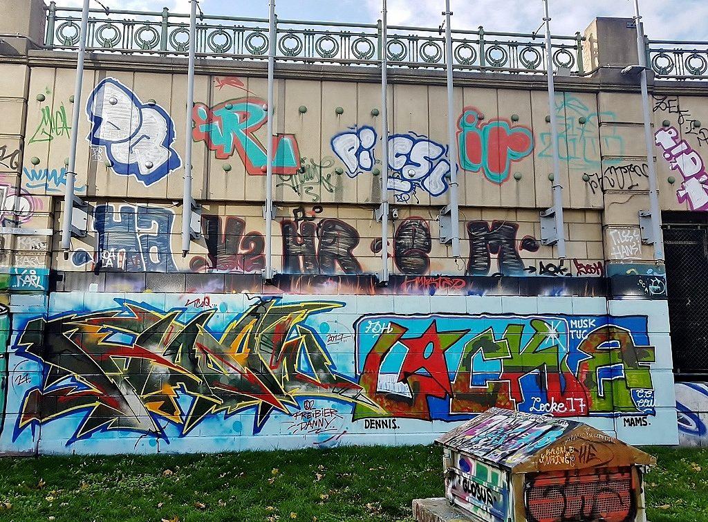 bunte Wand Graffitis