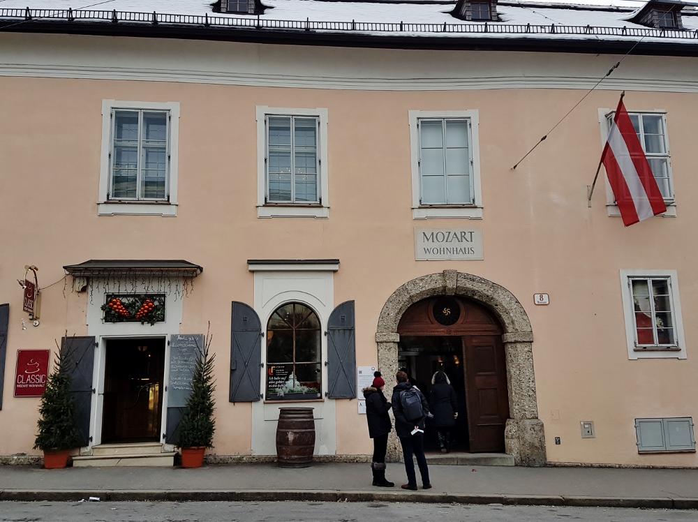 Ansicht des Mozart Wohnhauses, Mozart - Salzburg Sehenswürdigkeiten