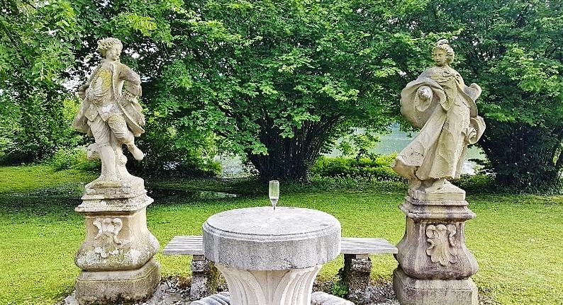 barocke Steingruppe Schloss Leopoldskron Salzburg