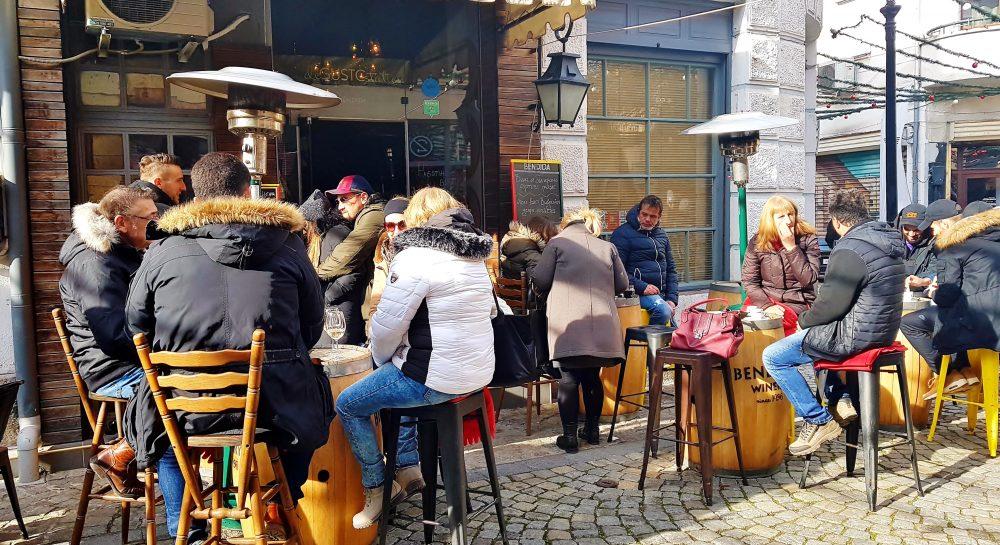Lokalszene im Freien in Kulturhauptstadt Plovdiv 2019