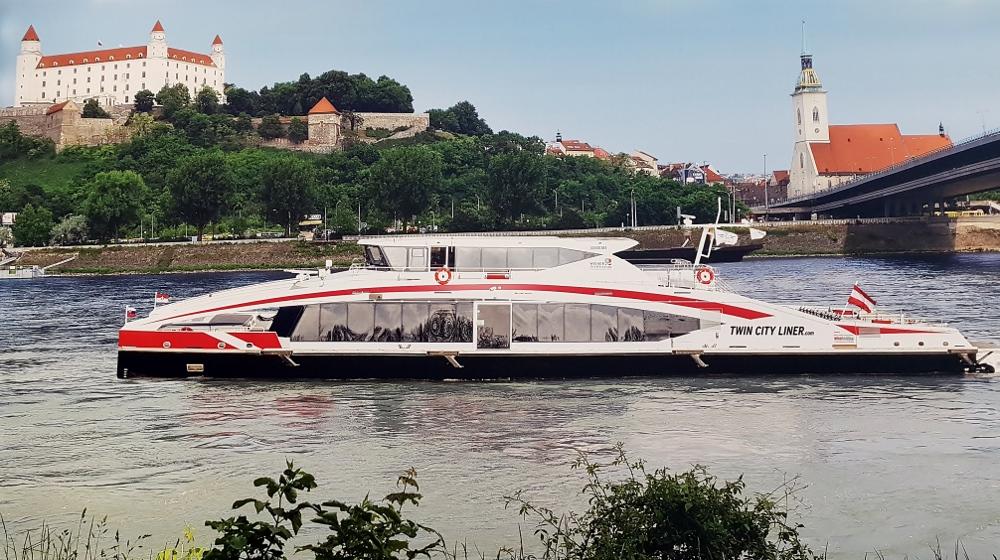 Reisen mit dem Twin City Liner Bratislava