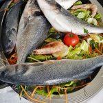 frische Fische auf einem Teller