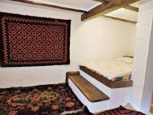 Bett auf Stufen