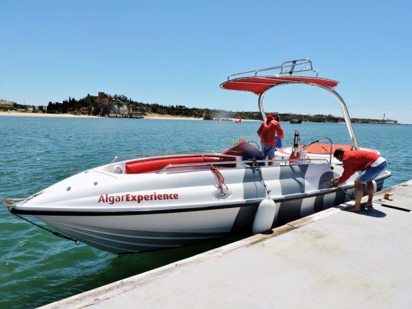 Algarve Bootsfahrt mit dem Speedboot