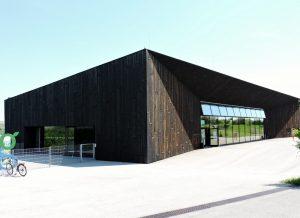 Eingangshalle moderner Architektur Museumsdorf Niedersulz