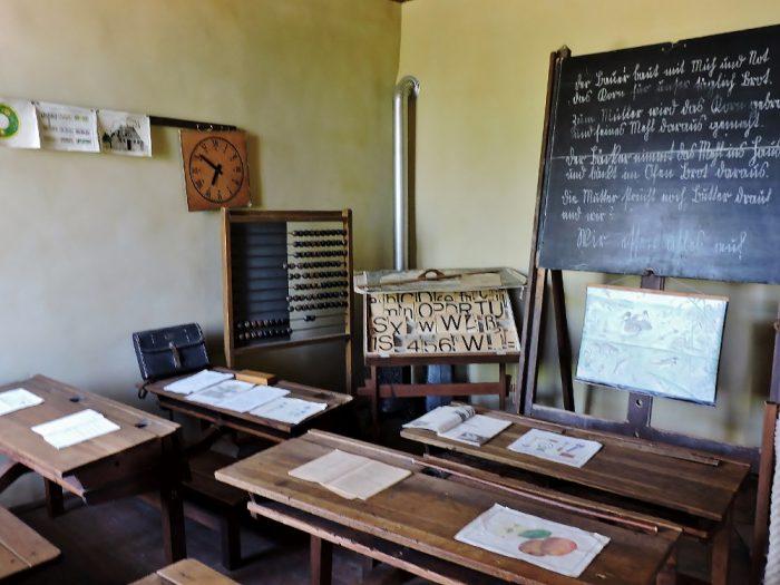 Alte Schulklassenraum Museumsdorf Niedersulz Ausflugstipp