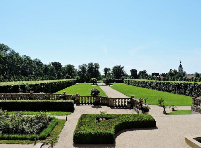 grüner Schlosspark