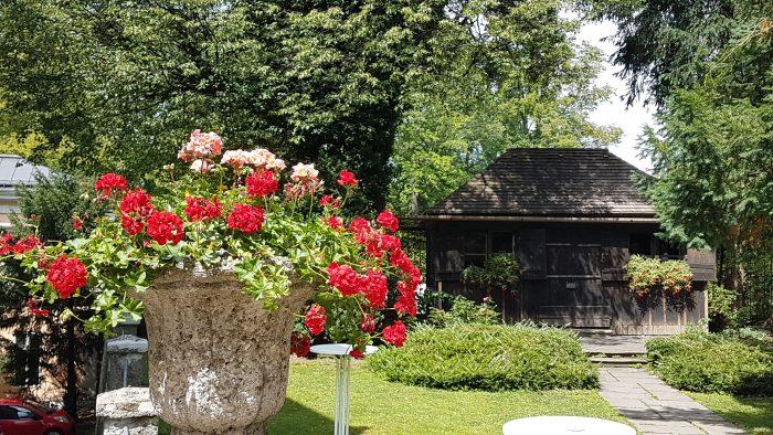 Holzhäuschen im Garten