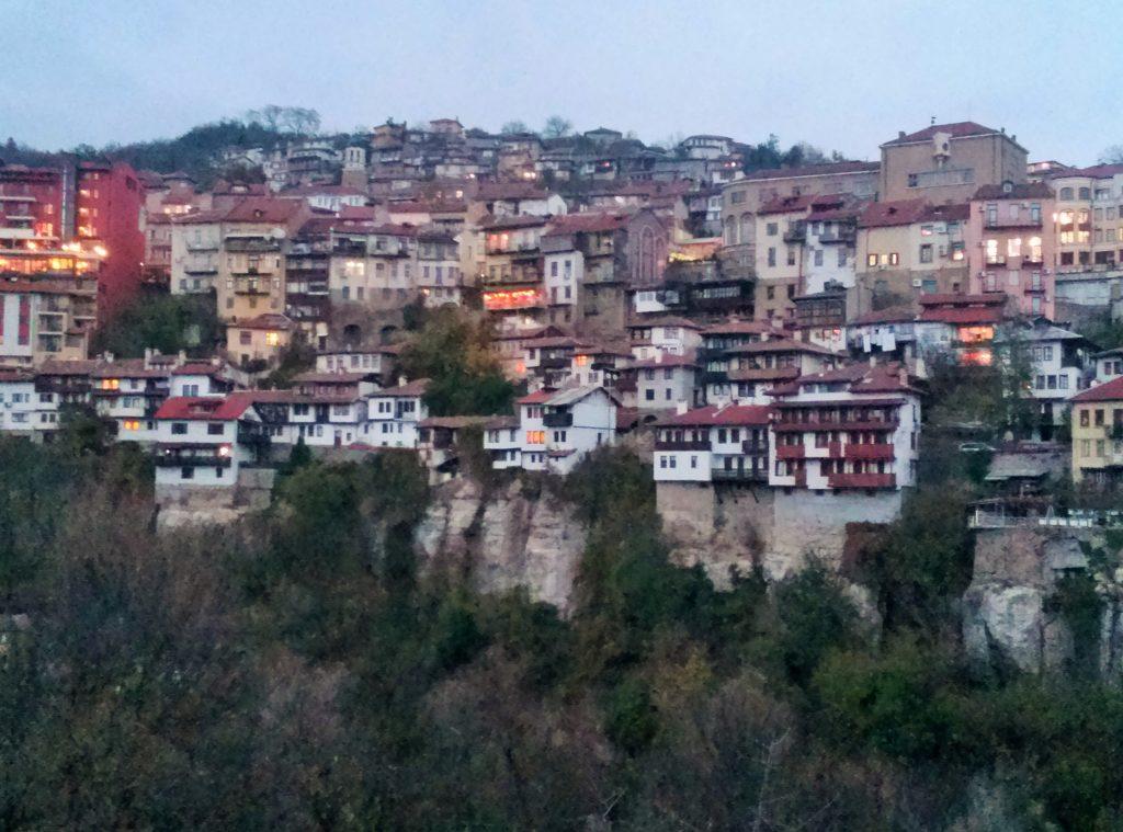 alte Stadt auf Hügeln Veliko Tarnovo Bulgarien